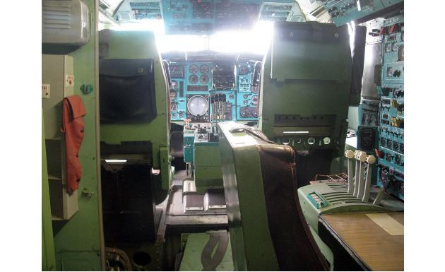 Кокпит Ту-144