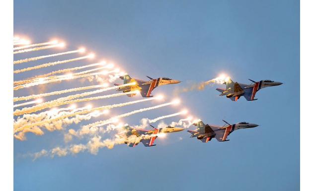 Авиационная группа «Русские Витязи» / «Russian Knights»