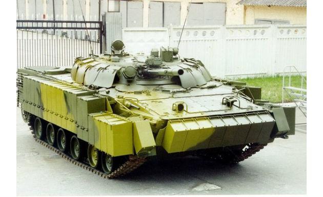 БМП-3 с навесной защитой